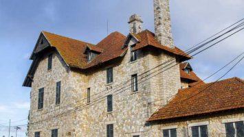 Starší kamenný dům
